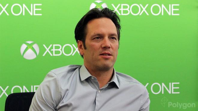 Giám đốc mảng Xbox, ông Phil Spencer được thăng chức lên Phó Chủ tịch cấp cao.