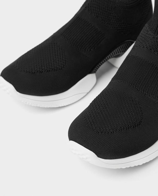 Mẫu sneakers mới nhất của Zara lại vướng nghi án đạo nhái Balenciaga và Rick Owens - Ảnh 10.