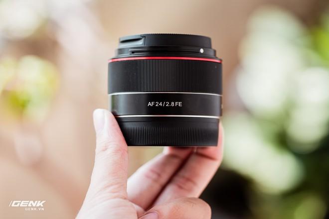 Trải nghiệm Samyang 24mm f/2.8 FE: Ống kính góc rộng giá rẻ, dùng có vui vẻ? - Ảnh 9.