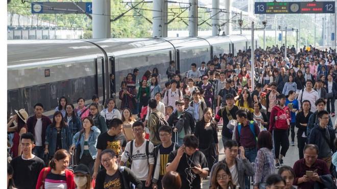Tuần lễ Vàng ở Trung Quốc: Những con số đáng kinh ngạc đằng sau cuộc di cư lớn nhất trong lịch sử loài người - Ảnh 10.