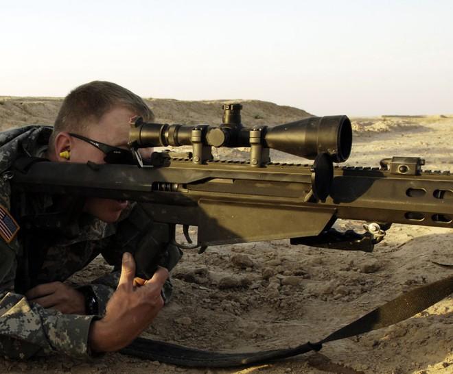 Chuyện thật: đang bắn nhau thì súng hỏng, phải gọi dịch vụ chăm sóc khách hàng để sửa ngay trên chiến trường - Ảnh 1.