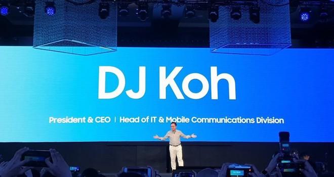 Sếp lớn Samsung khẳng định smartphone màn hình gập sẽ được hé lộ vào tháng tới, năm sau mới lên kệ - Ảnh 1.