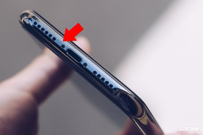 Đánh giá iPhone X sau 1 năm sử dụng: Tróc sơn, tai thỏ, Face ID, mức độ giữ giá và những vấn đề liên quan - Ảnh 2.