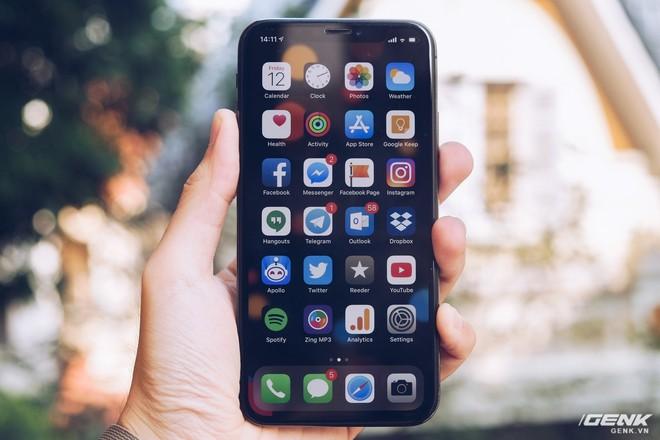 Đánh giá iPhone X sau 1 năm sử dụng: Tróc sơn, tai thỏ, Face ID, mức độ giữ giá và những vấn đề liên quan - Ảnh 9.