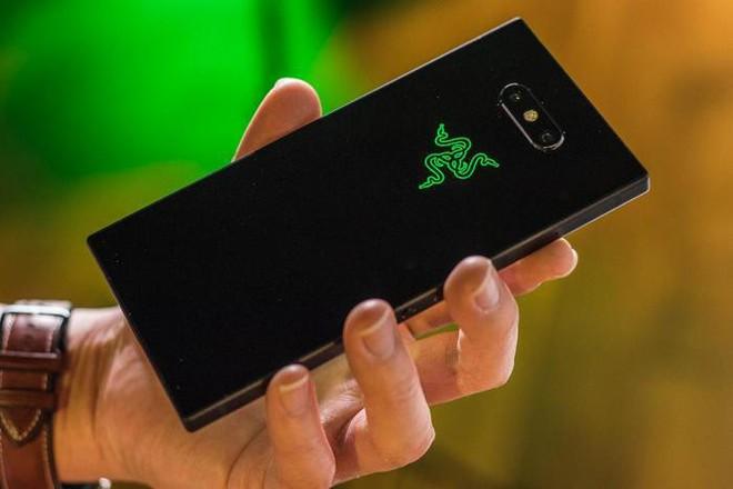 """Đây là 5 tính năng hấp dẫn trên Razer Phone 2 chắc chắn sẽ khiến bạn phải động lòng """"xúc"""" ngay em nó về nhà - Ảnh 2."""