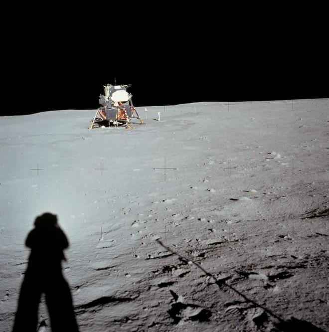 Có bỏ tiền tỷ cũng không mua được những chiếc máy ảnh đã được các phi hành gia đem lên Mặt trăng! - Ảnh 3.