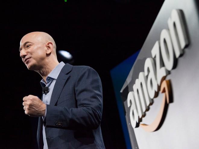 Phát hiện ra AI tuyển dụng trọng nam khinh nữ, Amazon buộc phải tắt nó đi - Ảnh 1.