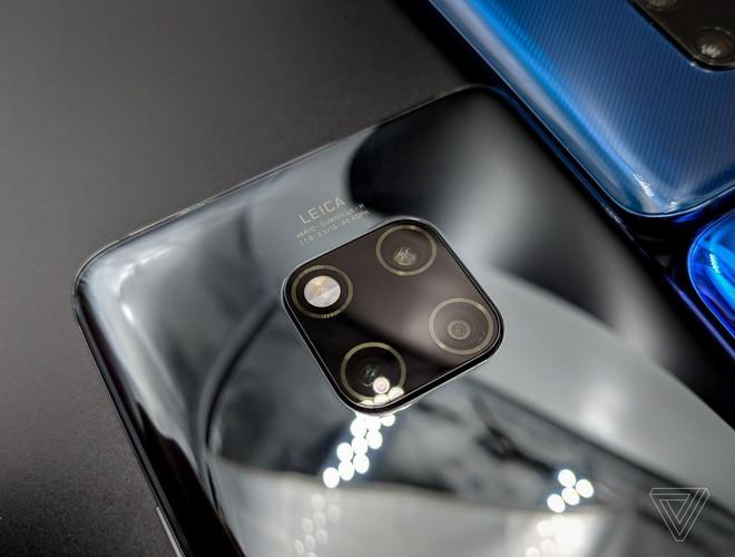 Ảnh thực tế Huawei Mate 20 Pro: 3 camera được Leica bảo chứng, cảm biến vân tay dưới màn hình, Face ID xịn, sạc cực nhanh, pin 4.200 mAh - Ảnh 11.
