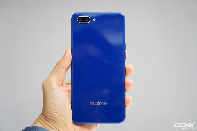 Thêm 1 thánh phá giá vừa đến Việt Nam: Realme tung 3 smartphone cấu hình ngon, camera kép nhưng giá sát ván với Xiaomi - Ảnh 8.