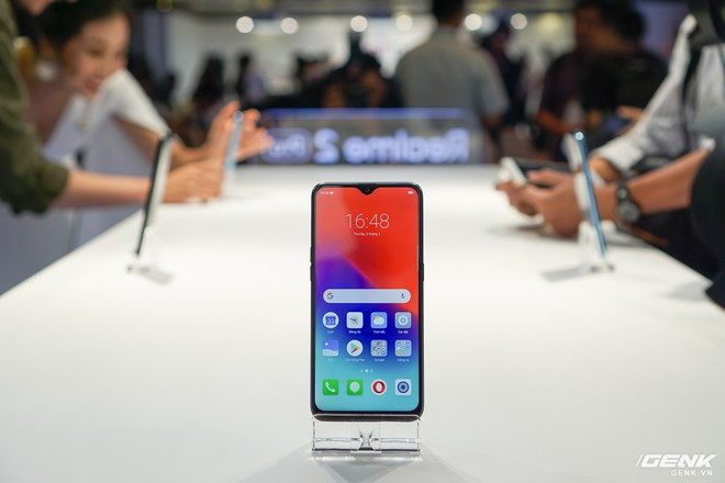Thêm 1 thánh phá giá vừa đến Việt Nam: Realme tung 3 smartphone cấu hình ngon, camera kép nhưng giá sát ván với Xiaomi - Ảnh 3.