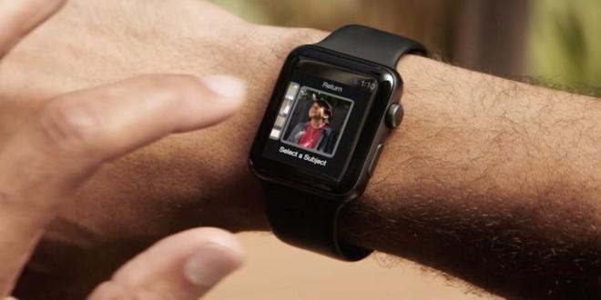 Apple bắt đầu bán drone tự bay giá 2.000 USD, có thể điều khiển bằng Apple Watch - Ảnh 1.