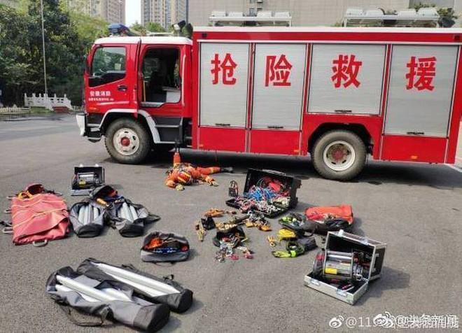 Trung Quốc: Đừng bất chấp chạy theo trào lưu ngã sấp mặt Falling Stars Challenge để rồi dính án phạt như cô gái này - Ảnh 12.