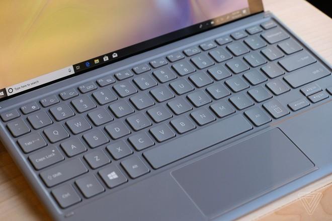 Samsung ra mắt Galaxy Book 2: Tablet Windows 10 có kết nối 4G, màn hình Super AMOLED 12 inch, pin 20 giờ, giá 1.000 USD kèm bàn phím và bút - Ảnh 3.
