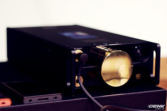 Đây là máy nghe nhạc tích hợp AI Sony DMP-Z1 đầu tiên về Việt Nam: núm mạ vàng, nặng như cục gạch, giá nhẹ nhàng bằng 7 chiếc iPhone XS Max! - Ảnh 5.