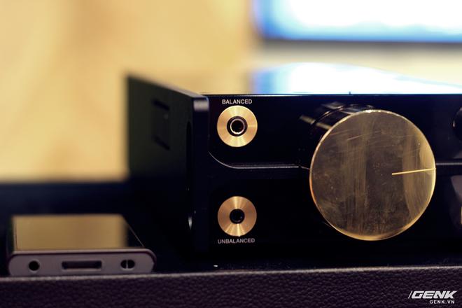 Đây là máy nghe nhạc tích hợp AI Sony DMP-Z1 đầu tiên về Việt Nam: núm mạ vàng, nặng như cục gạch, giá nhẹ nhàng bằng 7 chiếc iPhone XS Max! - Ảnh 6.
