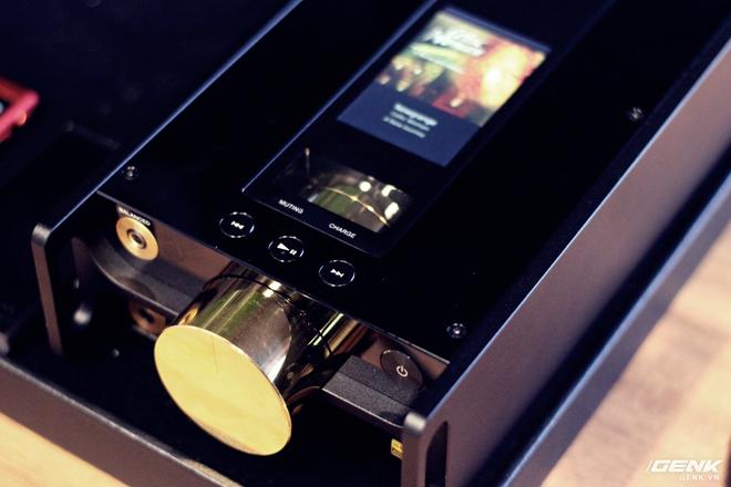 Đây là máy nghe nhạc tích hợp AI Sony DMP-Z1 đầu tiên về Việt Nam: núm mạ vàng, nặng như cục gạch, giá nhẹ nhàng bằng 7 chiếc iPhone XS Max! - Ảnh 3.