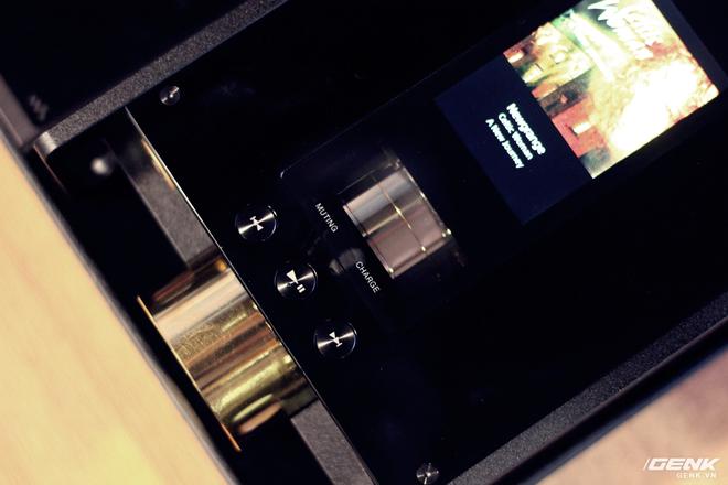 Đây là máy nghe nhạc tích hợp AI Sony DMP-Z1 đầu tiên về Việt Nam: núm mạ vàng, nặng như cục gạch, giá nhẹ nhàng bằng 7 chiếc iPhone XS Max! - Ảnh 8.