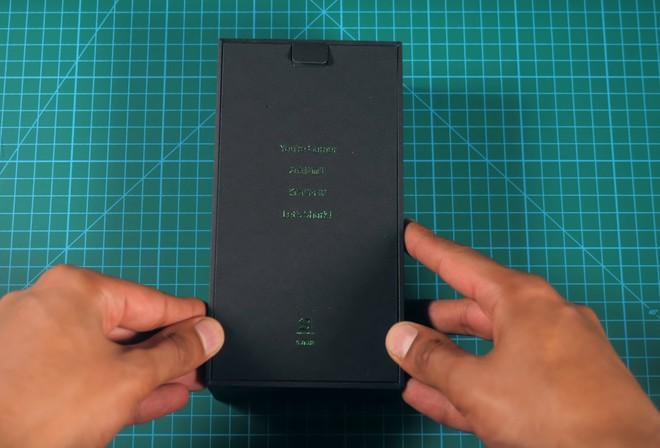 Mở hộp, trên tay smartphone gaming 10GB RAM đầu tiên của Xiaomi Black Shark 2 HELO - Ảnh 2.