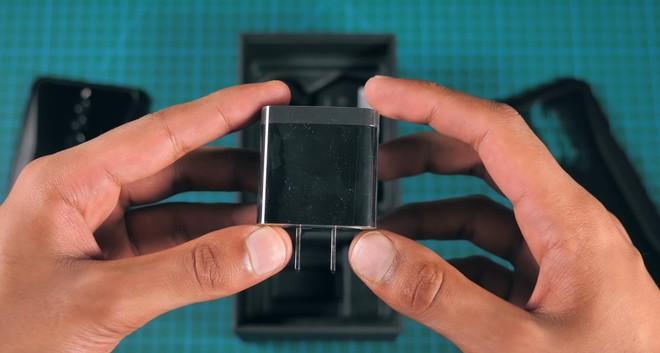 Mở hộp, trên tay smartphone gaming 10GB RAM đầu tiên của Xiaomi Black Shark 2 HELO - Ảnh 8.