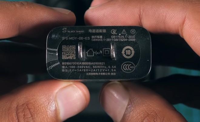 Mở hộp, trên tay smartphone gaming 10GB RAM đầu tiên của Xiaomi Black Shark 2 HELO - Ảnh 9.