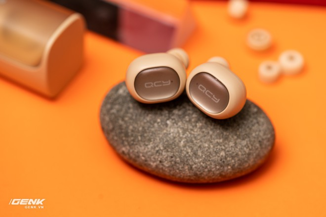 Bỏ ra chỉ 600 ngàn đồng mua cặp tai nghe không dây của Trung Quốc, đáng tiền hay không? - Ảnh 17.