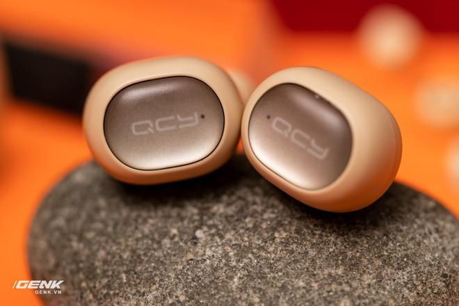 Bỏ ra chỉ 600 ngàn đồng mua cặp tai nghe không dây của Trung Quốc, đáng tiền hay không? - Ảnh 9.