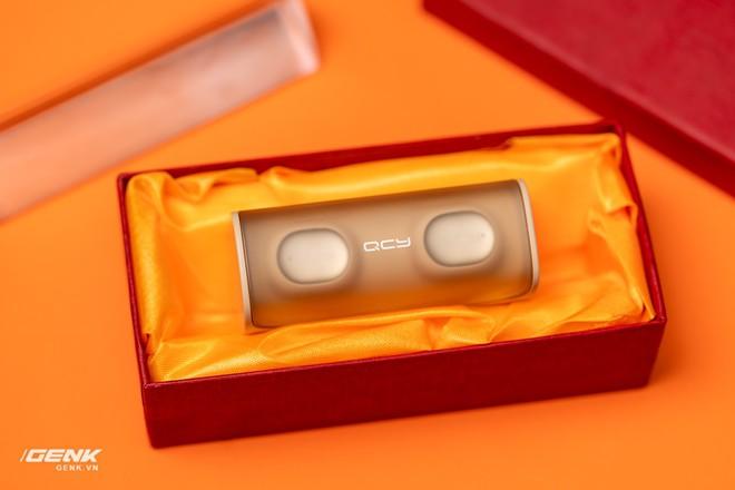 Bỏ ra chỉ 600 ngàn đồng mua cặp tai nghe không dây của Trung Quốc, đáng tiền hay không? - Ảnh 4.