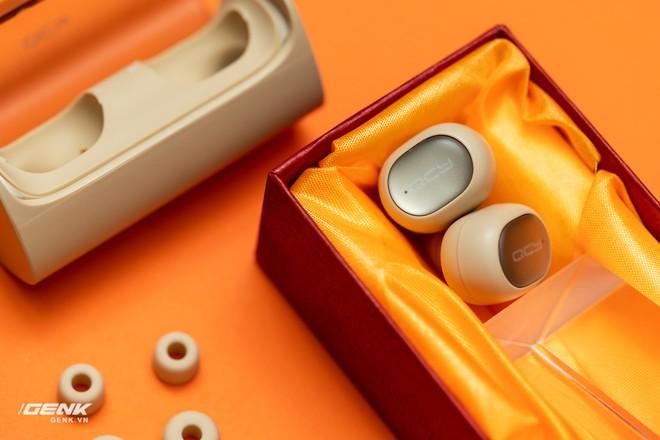 Bỏ ra chỉ 600 ngàn đồng mua cặp tai nghe không dây của Trung Quốc, đáng tiền hay không? - Ảnh 14.