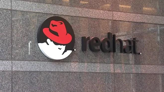 Thâu tóm Red Hat để bổ sung sức mạnh, IBM gián tiếp thừa nhận mình đang hụt hơi trước Amazon và Microsoft trên đám mây - Ảnh 3.