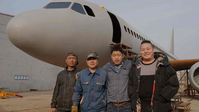 Sợ cả đời không được một lần lái máy bay, nông dân Trung Quốc tự chế riêng cho mình một chiếc - Ảnh 4.