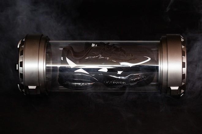 Marvel hợp tác Puma cho ra mắt mẫu sneakers lấy cảm hứng triệt để từ Venom - Ảnh 8.