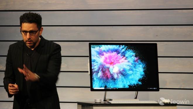 Microsoft chính thức trình làng Surface Studio 2 với GPU mạnh mẽ hơn, ổ SSD, giá từ 3.499 USD - Ảnh 1.