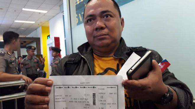 Hành khách duy nhất thoát khỏi thảm họa hàng không của Indonesia vì đến sân bay muộn 10 phút - Ảnh 4.
