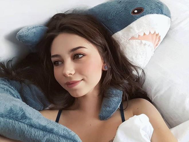 Gặp gỡ Blaha - Chú cá mập nhồi bông đến từ IKEA đang làm náo loạn mạng xã hội thế giới - Ảnh 9.