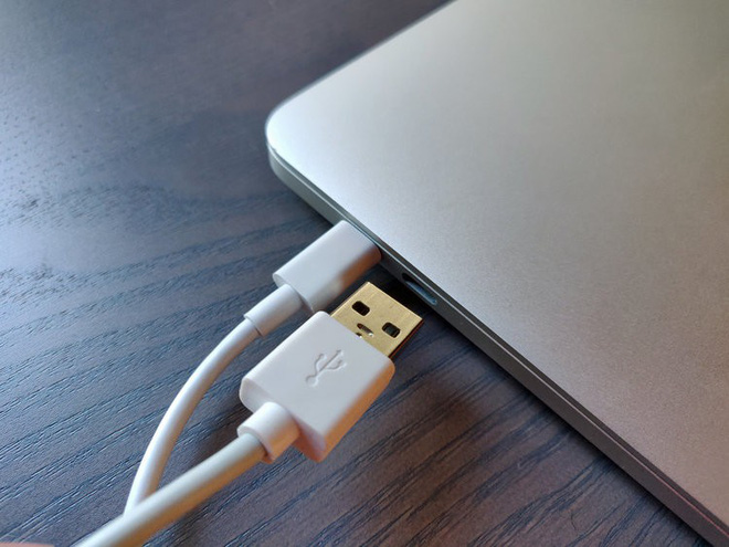 Có thể bạn không nhận ra, nhưng kết nối MacBook mới của Apple với Google Pixel 3 còn dễ hơn là với iPhone - Ảnh 2.
