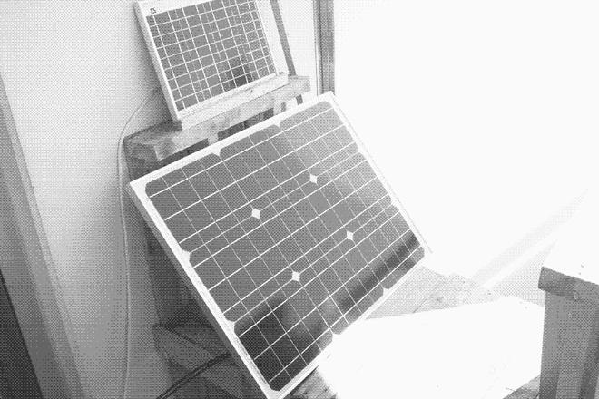 Trang web low tech chạy bằng năng lượng mặt trời, cứ hôm nào trời âm u là không truy cập được - Ảnh 2.