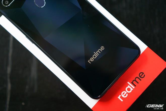 Trên tay Realme 2: Khi Oppo quyết định khô máu với Xiaomi - Ảnh 5.