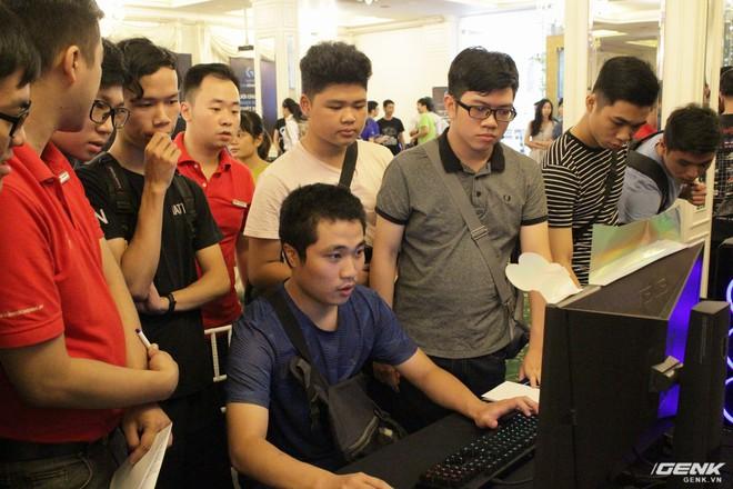 Logitech chính thức ra mắt sạc không dây PowerPlay và tai nghe G933 tại thị trường Việt Nam - Ảnh 5.