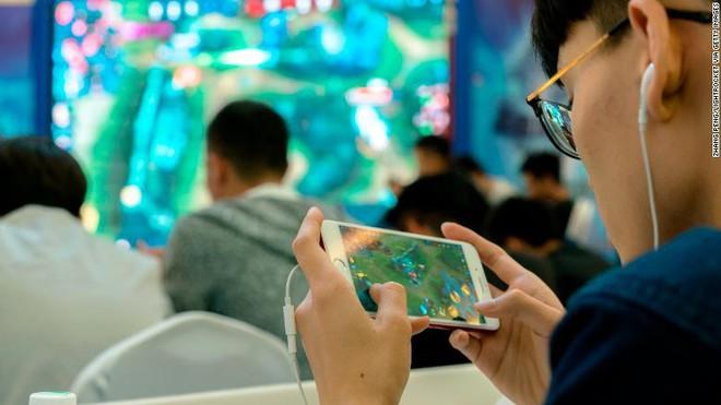 Tencent giới thiệu công nghệ nhận diện khuôn mặt để truy cập vào game, hy vọng sẽ giảm được tỷ lệ trẻ bị cận thị và nghiện điện tử - Ảnh 1.