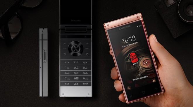 Samsung chính thức trình làng smartphone nắp gập W2019, hai màn hình, hai camera, chip Snapdragon 845 - Ảnh 2.