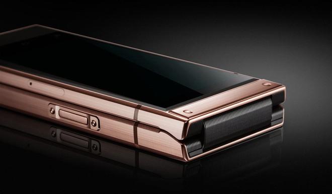 Samsung chính thức trình làng smartphone nắp gập W2019, hai màn hình, hai camera, chip Snapdragon 845 - Ảnh 4.