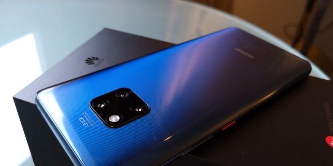 Tính năng sạc không dây tương thích ngược của Huawei Mate 20 Pro không hữu ích khi sử dụng thực tế - Ảnh 1.