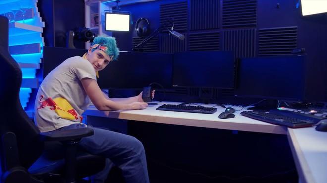 Bên trong studio của streamer nổi tiếng thế giới Ninja, khiến ai cũng mơ ước được ngồi chơi game ở đây một lần - Ảnh 7.