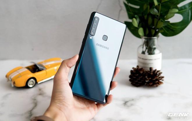 Lộ giá dự kiến bán Galaxy A9 2018: 12.49 triệu, tặng quà trị giá 5 tới triệu - Ảnh 2.