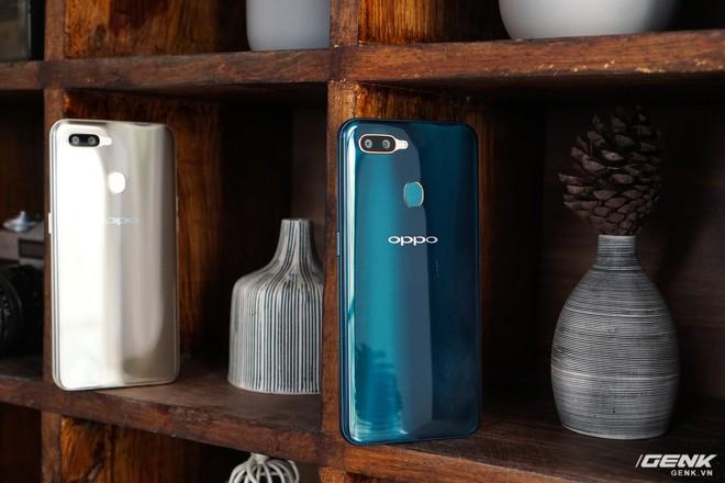 Trên tay OPPO A7: thiết kế đẹp, mặt lưng thủy tinh hữu cơ, cấu hình tầm trung, giá 6 triệu - Ảnh 11.