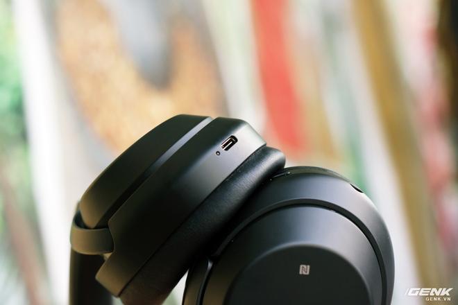 Đánh giá tai nghe Sony WH-1000XM3: chống ồn bá đạo, 10 phút sạc 5 giờ nghe nhạc, giá rẻ hơn phiên bản cũ 500 ngàn đồng! - Ảnh 11.