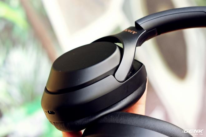 Đánh giá tai nghe Sony WH-1000XM3: chống ồn bá đạo, 10 phút sạc 5 giờ nghe nhạc, giá rẻ hơn phiên bản cũ 500 ngàn đồng! - Ảnh 8.