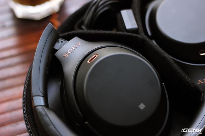 Đánh giá tai nghe Sony WH-1000XM3: chống ồn bá đạo, 10 phút sạc 5 giờ nghe nhạc, giá rẻ hơn phiên bản cũ 500 ngàn đồng! - Ảnh 18.