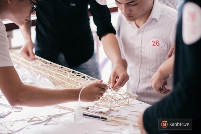 Sinh viên Kiến trúc gây bất ngờ khi tạo ra chiếc cầu siêu mỏng manh nhưng có sức đỡ nặng gấp 5000 lần - Ảnh 9.