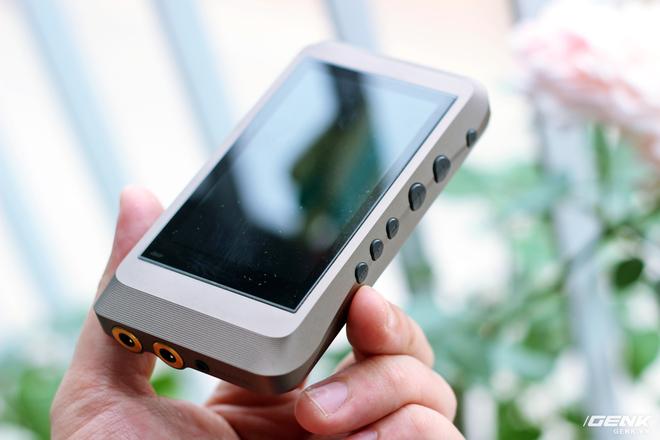 Trên tay máy nghe nhạc iBasso DX120 vừa về Việt Nam: có sạc nhanh, giải mã 32Bit/384kHz, chiến native DSD nhưng giá hơn 7 triệu đồng! - Ảnh 5.